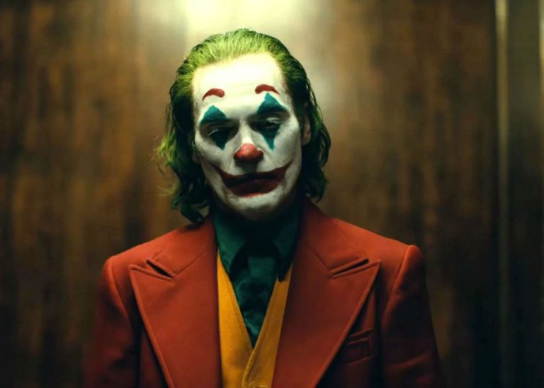 Perbedaan Joker Versi Joaquin Phoenix Dengan Joker Lain (Spoiler)