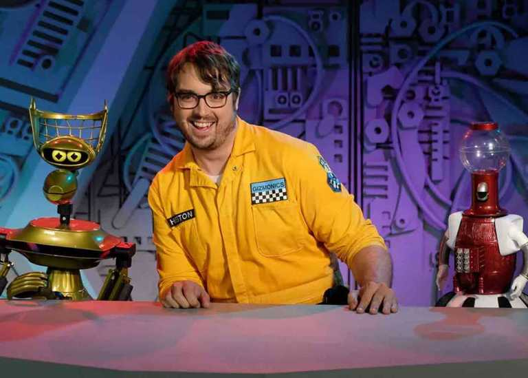 Netflix Batalkan Serial Mystery Science Theater 3000