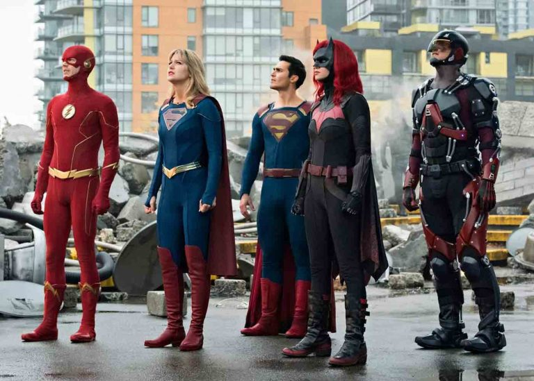 Crisis on Infinite Earths Perkenalkan Justice League Versi Arrowverse